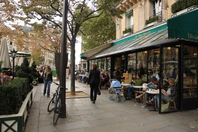 Кафе «Два маго» (Les Deux Magots)