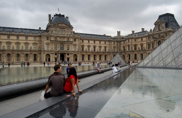 Лувра (Louvre)