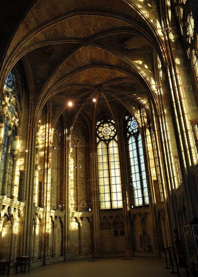 Часовня Сен-Луи (Chapelle Saint-Louis)