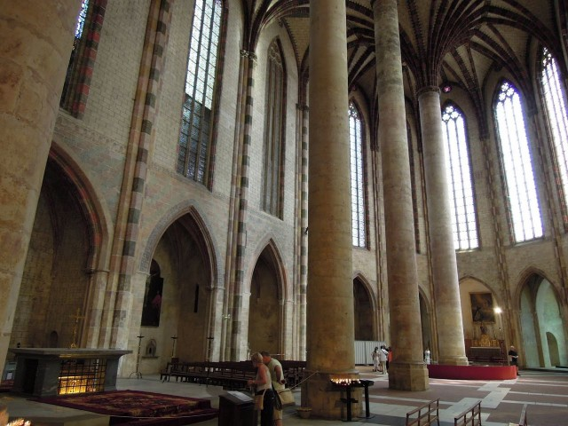 Церковь Якобинцев (L'église des Jacobins)