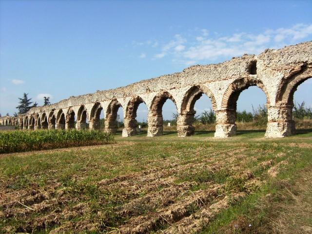 Акведук Жьер (Aqueduc du Gier)