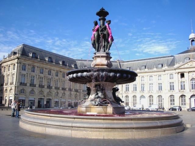 Фонтан «Три Грации» (Fontaine des Trois Grâces)
