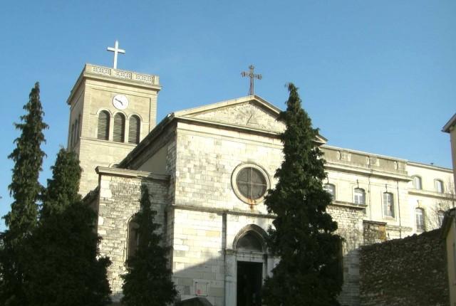 Церковь святого Иринея (Église Saint-Irénée)