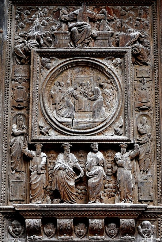 Фрагмент дверей церкви святого Маклу
