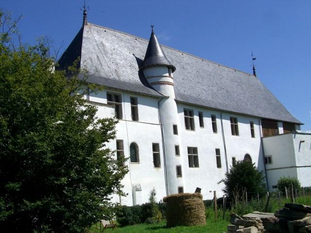 Замок Басти д'Юрфе (Château de la Bastie d'Urfé)