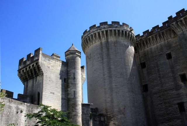 Замок Тараскон (Château de Tarascon)