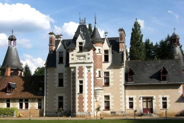 Замок Труссэ (Château de Troussay)