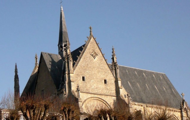 Cоборная церковь Сен-Эньян (Collégiale Saint-Aignan)