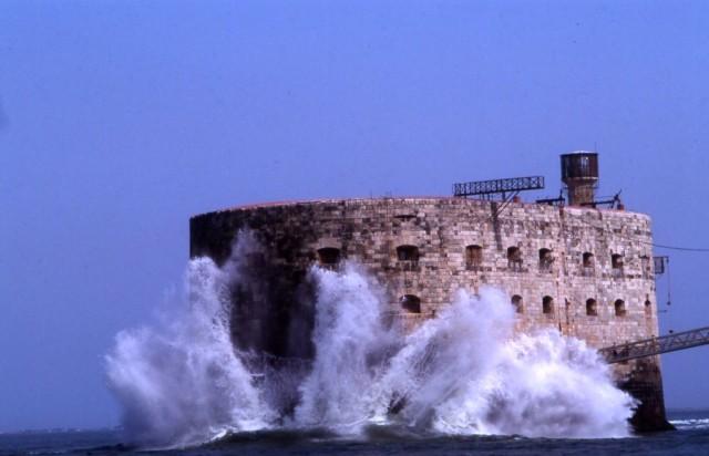 Форт Байяр (фр. Fort Boyard)