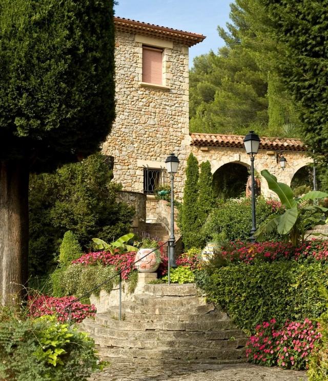 Вилла Домерг (Villa Domergue)