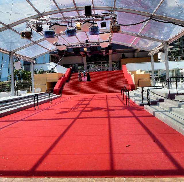 Дворец фестивалей и конгрессов (Palais des Festivals et des Congrès)
