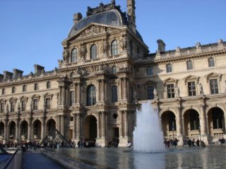 Лувр музей