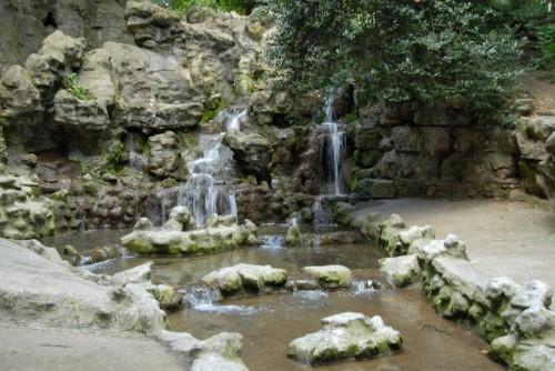 Парк Бют-Шомон (parc des Buttes-Chaumont)