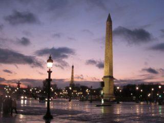 Площадь Согласия – еще одно интересное место для посещения в маршруте каждого туриста
