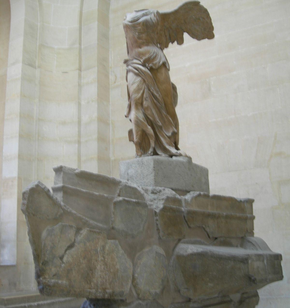 Ника Самофракийская (La Victoire de Samothrace)