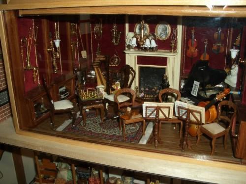 Музей кукол (Musée de la Poupée)
