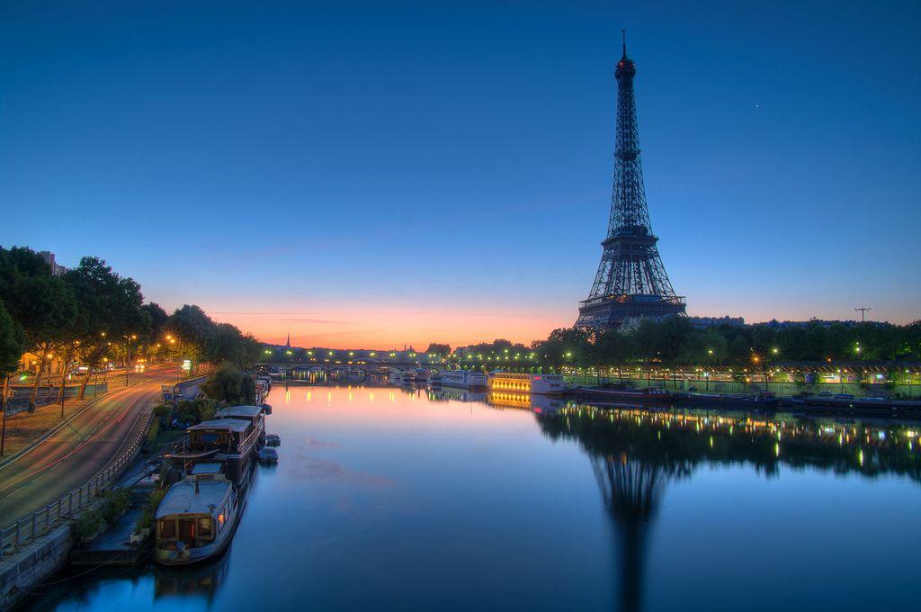 Отдых в Париже с выгодой и комфортом