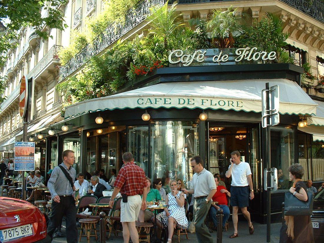 Кафе «Де Флер» – культовое заведение, место встреч парижской богемы