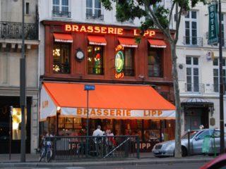 Ресторан-пивоварня «Brasserie Lipp» – любимое заведение парижской элиты