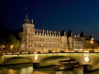Знаменитые дворцы Парижа. История французских королей