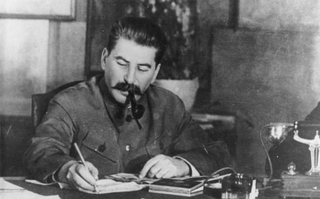 Нострадамуса предсказал победу «Великого герцога Армении» (Иосифа Сталина) во Второй мировой войне.