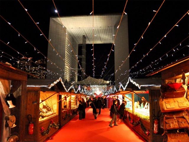 Рождественский рынок Дефанс