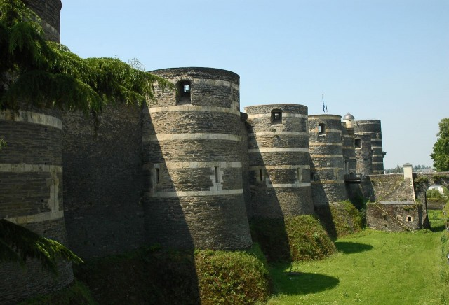 Башни Анжерского замка