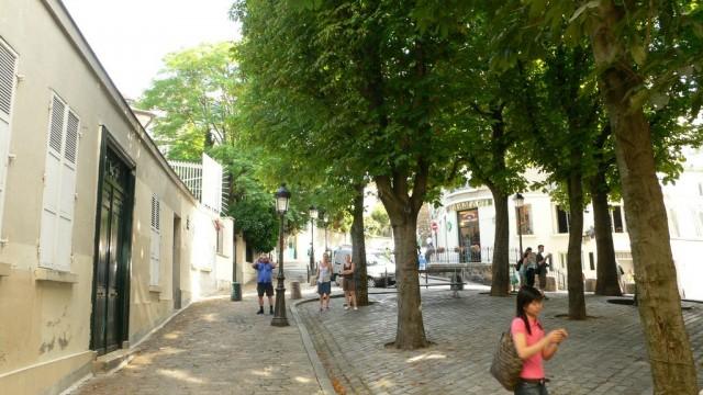 Фасад Бато-Лавуар, выходивший на площадь Эмиля-Гудо