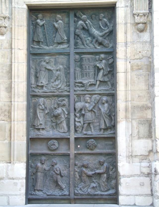 Бронзовые ворота - (работа итальянского мастера Томмазо Джисмонди)