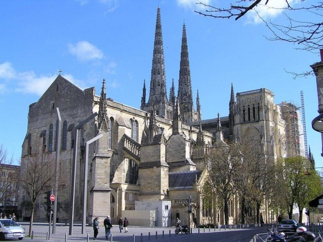 Кафедральный собор Святого Андрея (Cathédrale Saint-André)