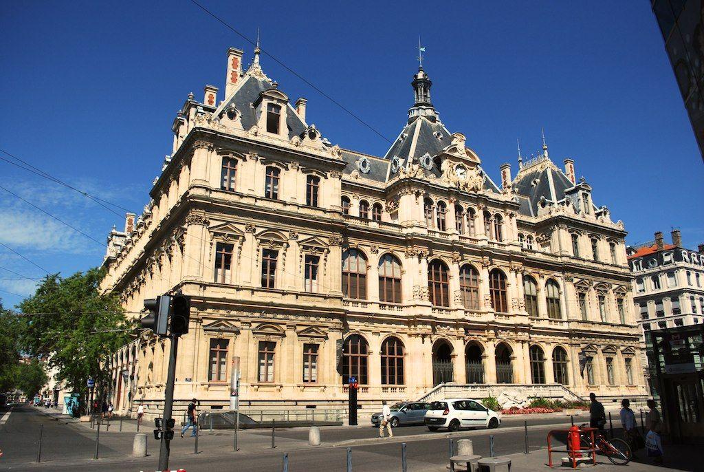 Дворец Биржи в Лионе