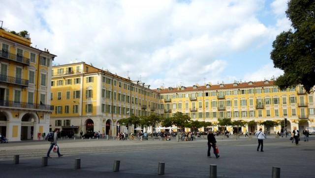 Площадь Гарибальди (Place Garibaldi)