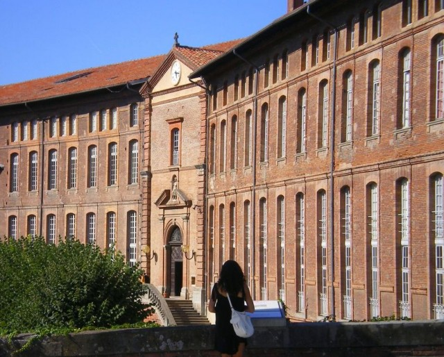 Госпиталь Святого Иакова в Тулузе (Hotel Dieu Saint-Jacques)