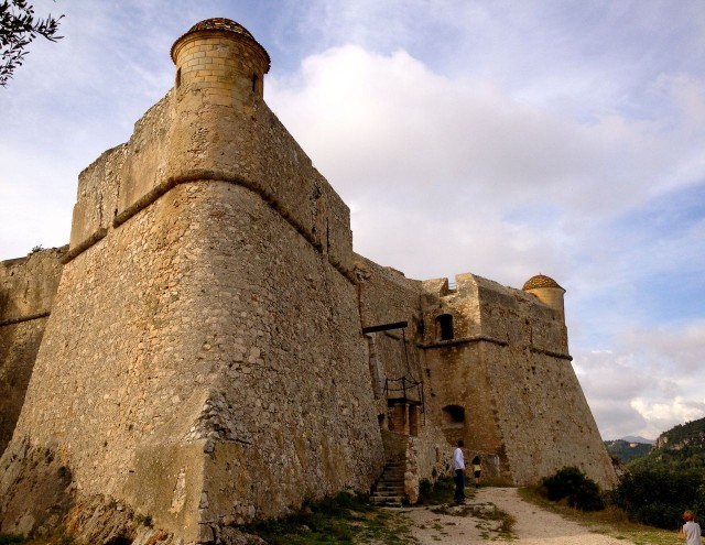 Форт Альбан (Fort du Mont Alban)