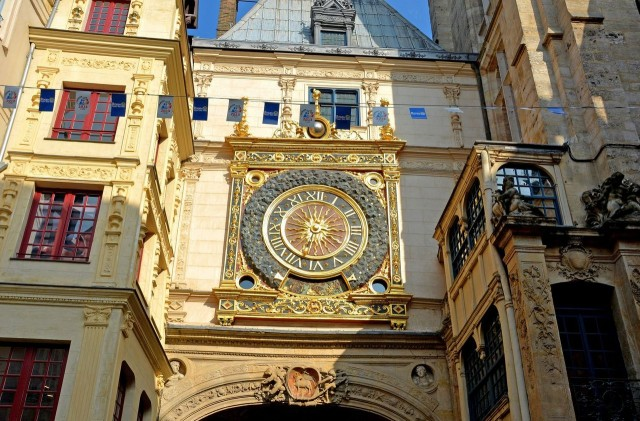 Большие часы (Gros-Horloge)