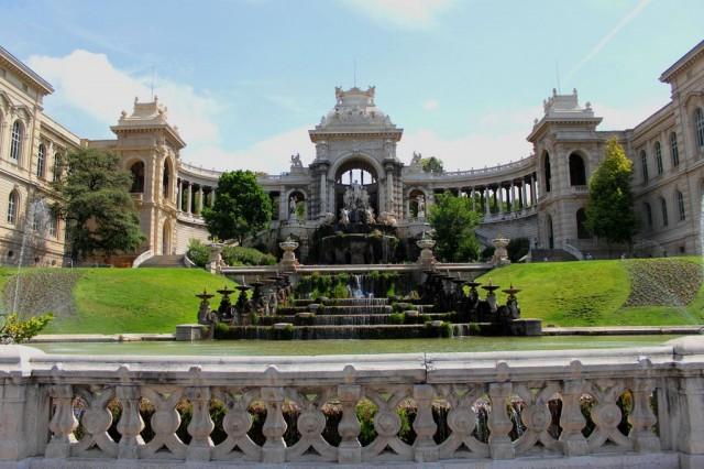 Дворец Лоншан (Palais Longchamp)