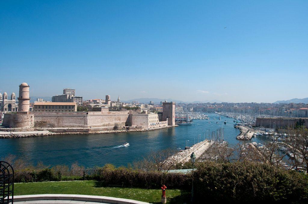 Форт Сен-Жан – средневековая крепость в честь Святого Иоанна Иерусалимского