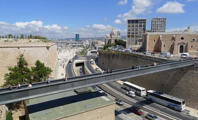 Мост в Форт Сен-Жан