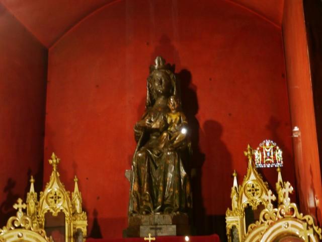Черная Мадонна или Богоматерь примирения (Vierge noire ou Notre-Dame de la Confession)