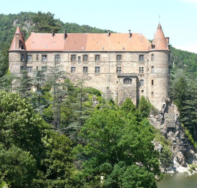 Замок Лавут-Полиньяк (Château de Lavoûte - Polignac)