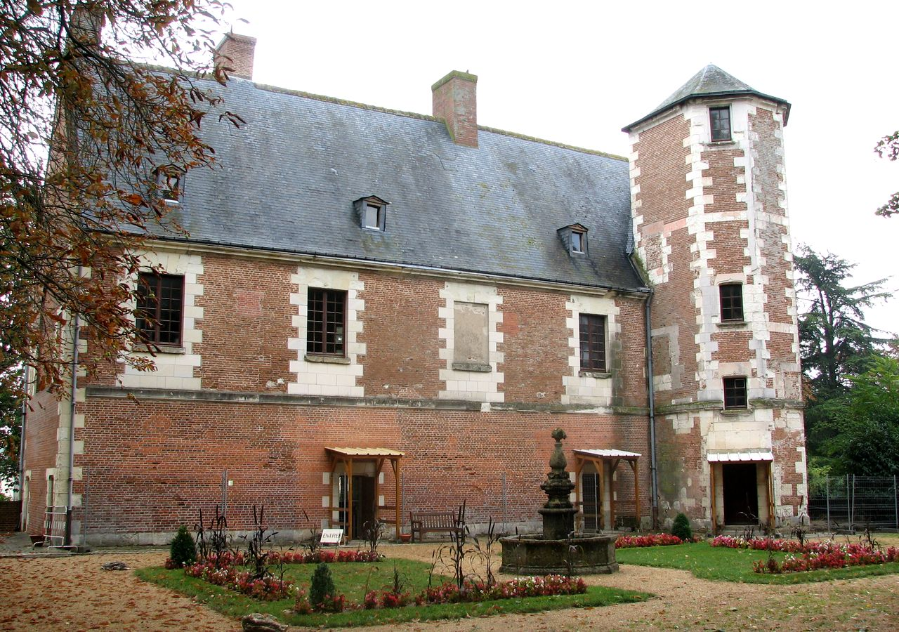 Королевский замок Плесси-ле-Тур