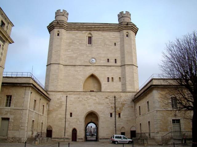 Северный вход (Tour du Village)