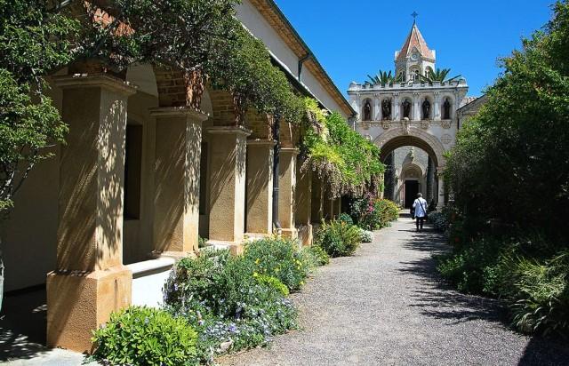 Леринский монастырь (Monastère fortifié de l'abbaye de Lérins)